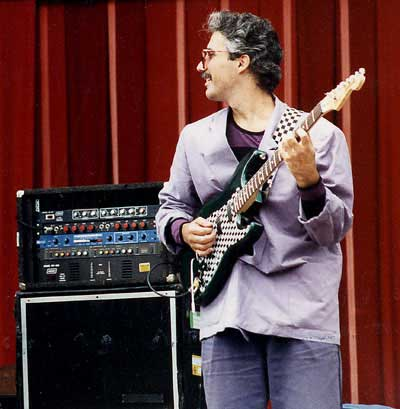 Steve Khan performing with Weather Update, photo by Finn Manford